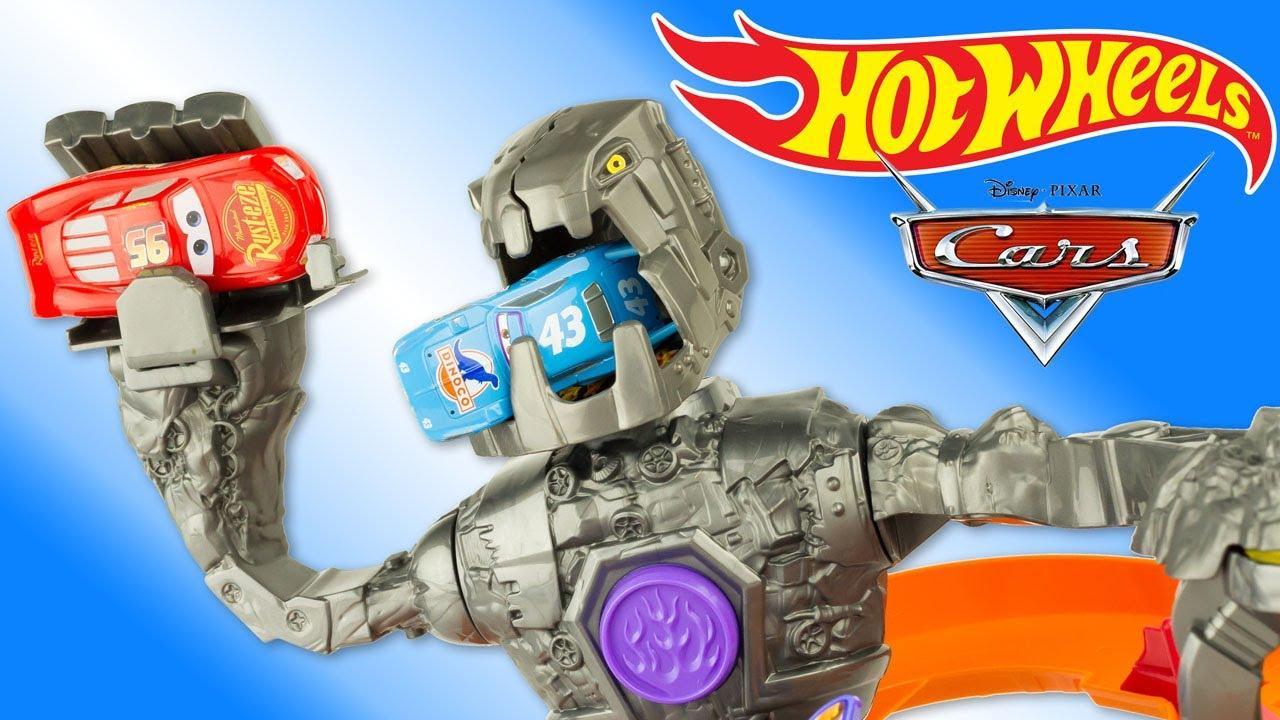hot wheels piste robot attaque flash mcqueen jouet nitrobot attack track set toy review juguetes. Black Bedroom Furniture Sets. Home Design Ideas