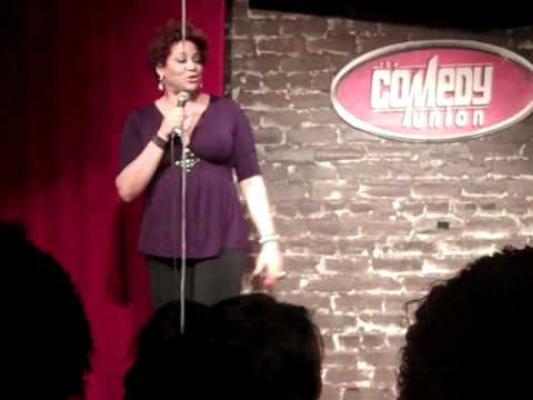 Kim Coles Returns To Stand Up Comedy