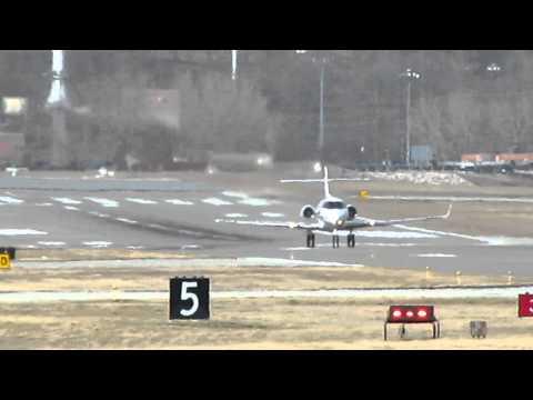 Hawker 900XP Takeoff Kansas City Downtown Airport RWY 19