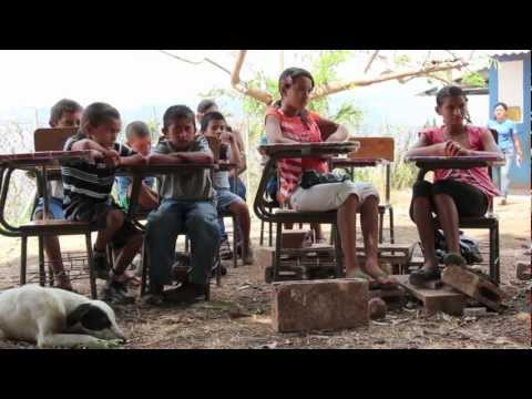 Teaching English, Learning Spanish and Building Solidarity in El Salvador