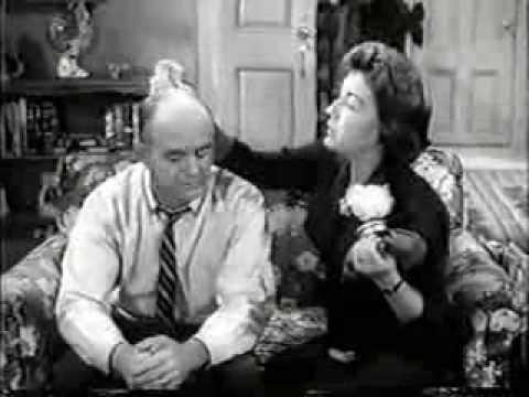 Fibber McGee and Molly episode 'TV Pilot' (video)