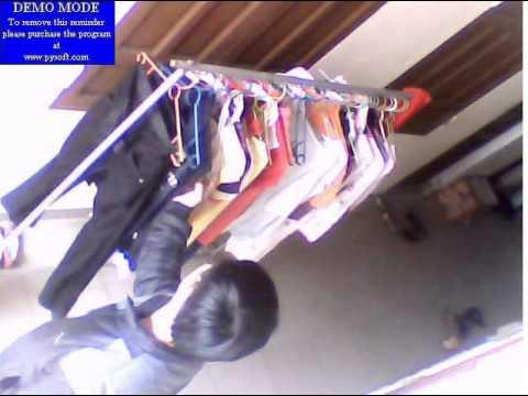 tên trộm thích áo quần con gái