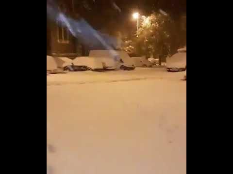 FURIOSA nevicata in Francia, a 700 metri di altitudine