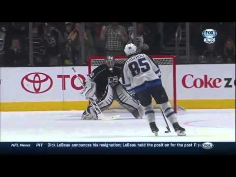 Jonathan Quick unbelievable save in the shootout January 2015 NHL