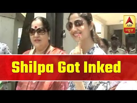 Shilpa Shetty Kundra Shows Inked Finger After She Casts Her Vote | ABP News