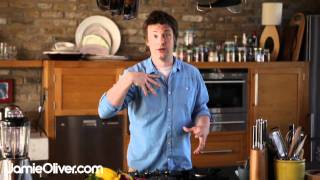 Jamie oliver's introduction to his 30-minute meals
