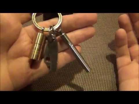 Minimal EDC Keychain Set Up