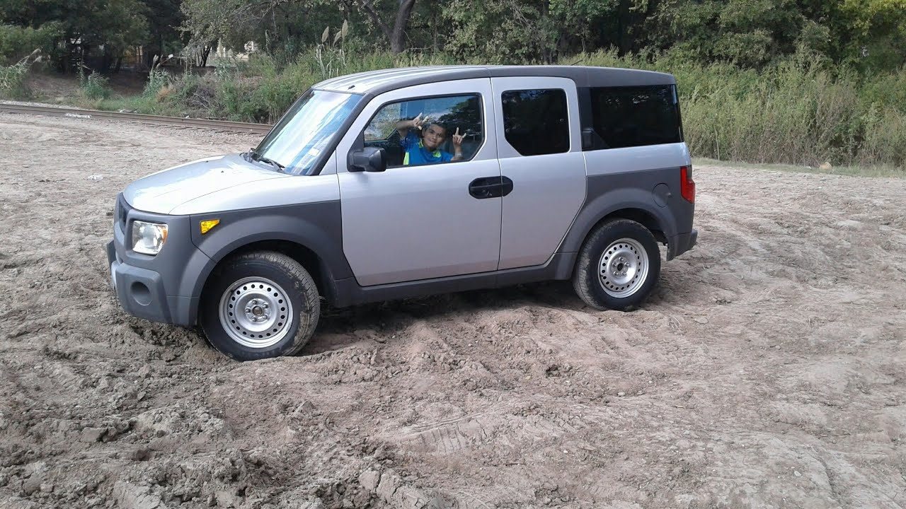 Honda Element Offroad >> Honda Element Off Road and mudding at Echo Lake - YouTube
