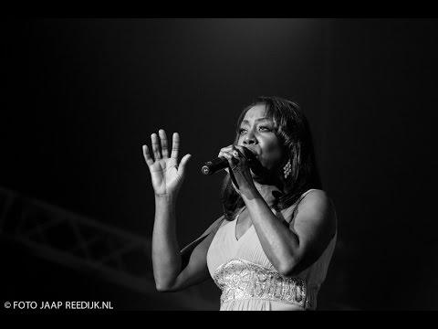 Window Of Hope - Oleta Adams ft  ZO! Gospel Choir (MasterPeace in Concert)