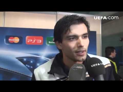 APOEL Nicosia vs FC Porto 2 - 1 Moutinho and Morais Post Match Interview