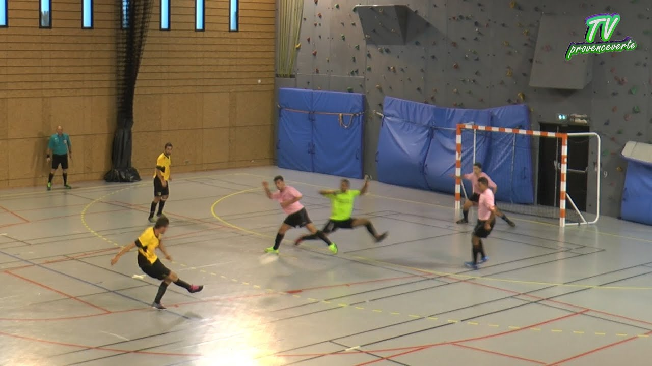 Match De Foot En Salle Rocbaron YouTube