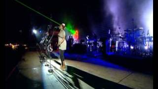 Massive Attack - Safe From Harm (Glastonbury 2008 / Part 4 of 6) (High Definition)