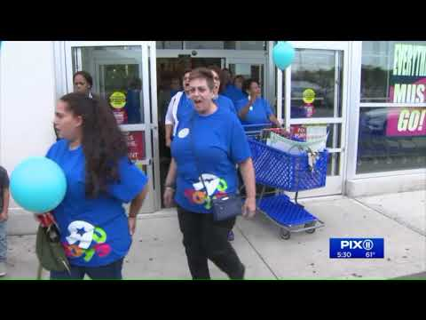 Toys R Us Workers Rally For Severance Pay In NJ