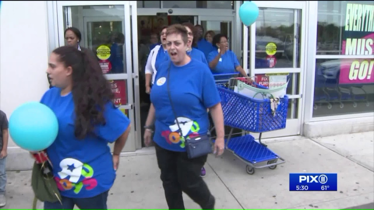 Toys R Us Workers Rally For Severance Pay In Nj Youtube