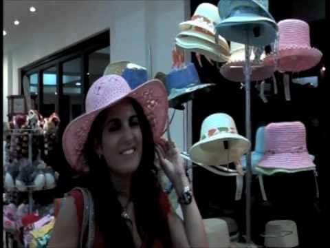 Shopping/En La Tienda Spanish Lesson: Vocabulary in Context