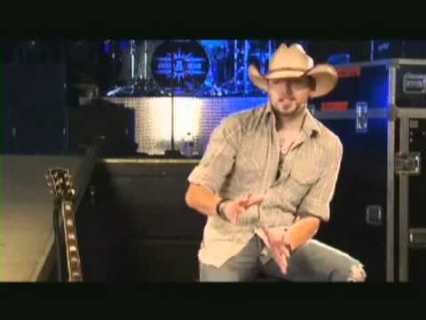 Jason Aldean on Wrangler Retro Jeans available at RCC Western Stores