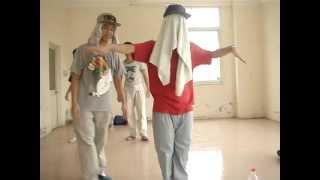 Funky Sky Crew | Mackin Pop ft. Simon Animation | Spirit | Funny 17/7/2012