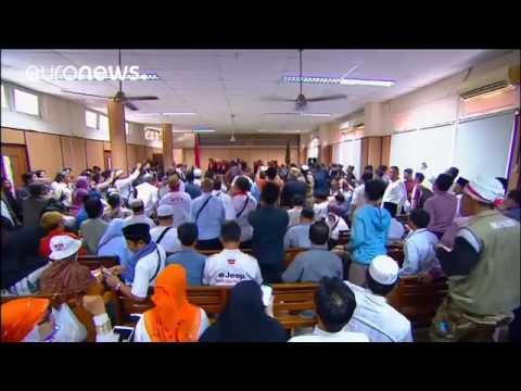 Indonésie  le gouverneur de Jakarta poursuivi pour blasphème