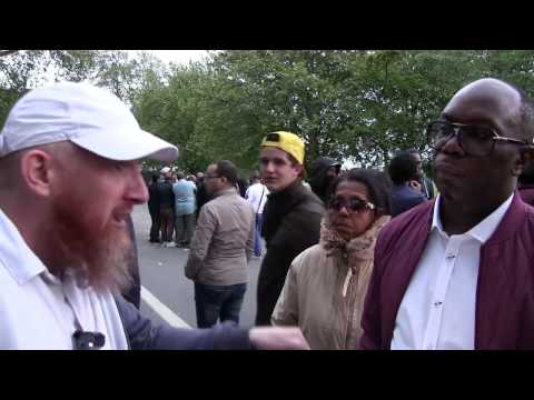 Fantasy Faith!? Hamza Vs Gary | Speakers Corner | Hyde Park