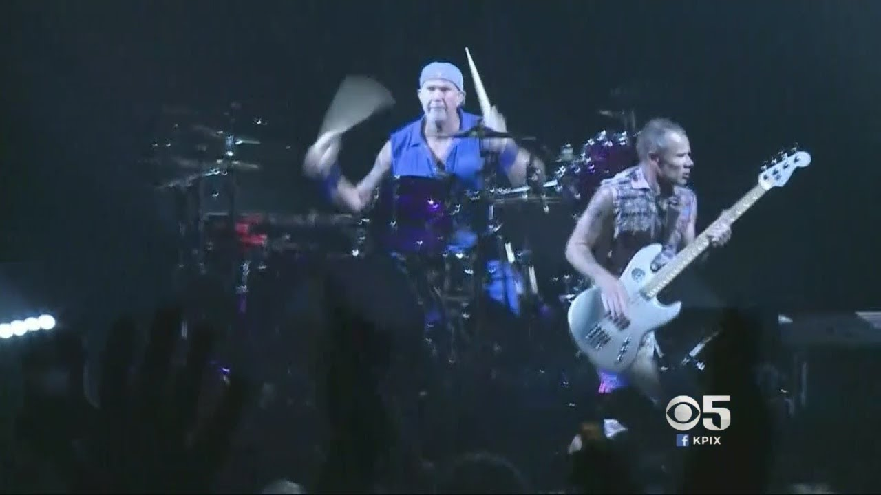 Red Hot Chili Peppers Headline Benefit Concert at Bill Graham Civic Auditorium