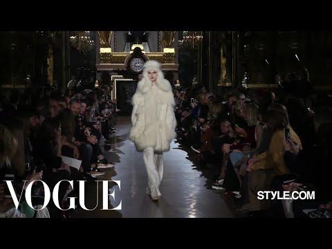 Stella McCartney Fall 2015 Ready-to-Wear - Fashion Show - Style.com