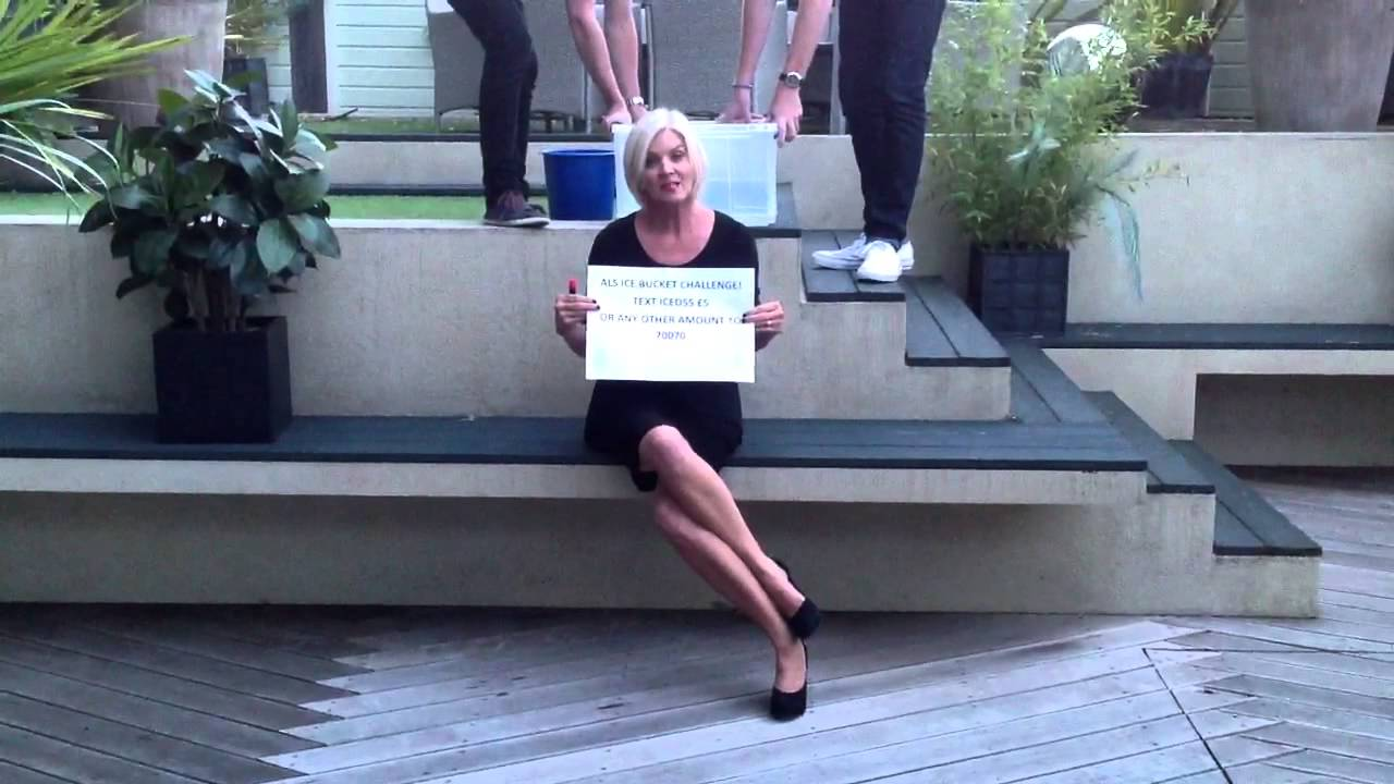 Jackie Kabler Qvc Als Ice Bucket Challenge Youtube
