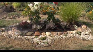 GARDEN 111 - We will build a new flower bed. Zbudujemy nowy klomb.