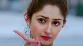 Sayesha Saigal Glamorous Moves Edited