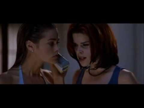 Neve Campbell E Denise Richards Em Wild Things (Garotas Selvagens)