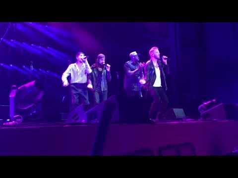 Pentatonix - Michael Jackson Medley - Providence Medical Center Amphitheater - Bonner Springs, KS -