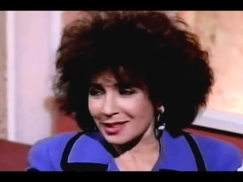 Shirley Bassey - This Is Your Life - Part 1 (1993 Live)