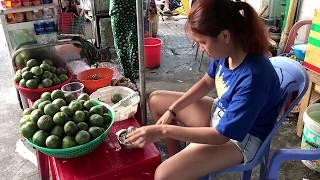 VIETNAM STREET SCENES 2019 SAIGON- HO CHI MINH CITY. SGN (HCMC), VIETNAM