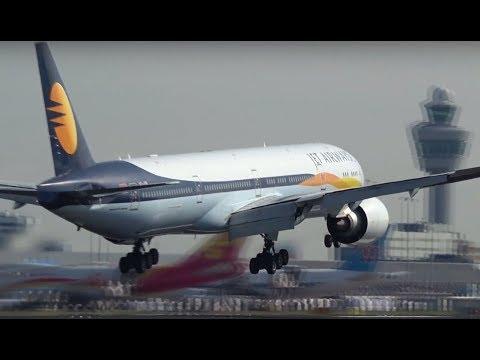 Boeing 777 Jet Airways in Amsterdam
