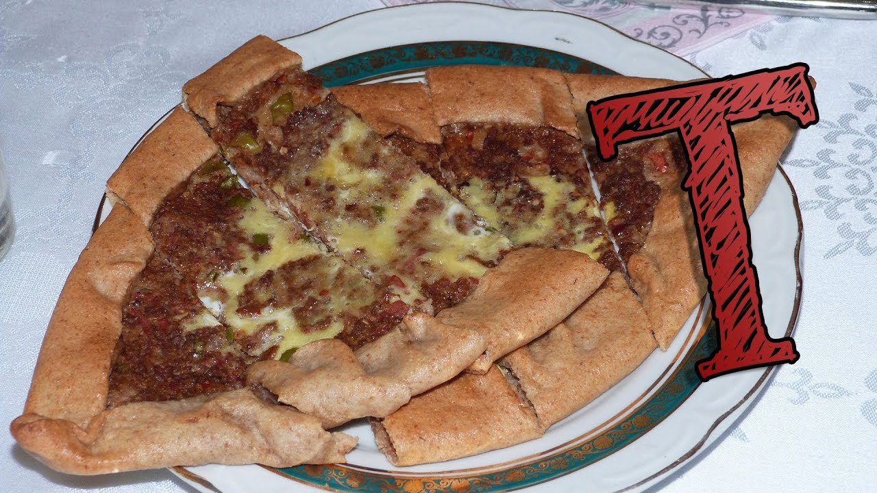 Turkish pide with meat kiymali pide recipe traditional food turkish pide with meat kiymali pide recipe traditional food forumfinder Choice Image