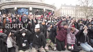 France: Hundreds of students on knees decrying mass arrests thumbnail