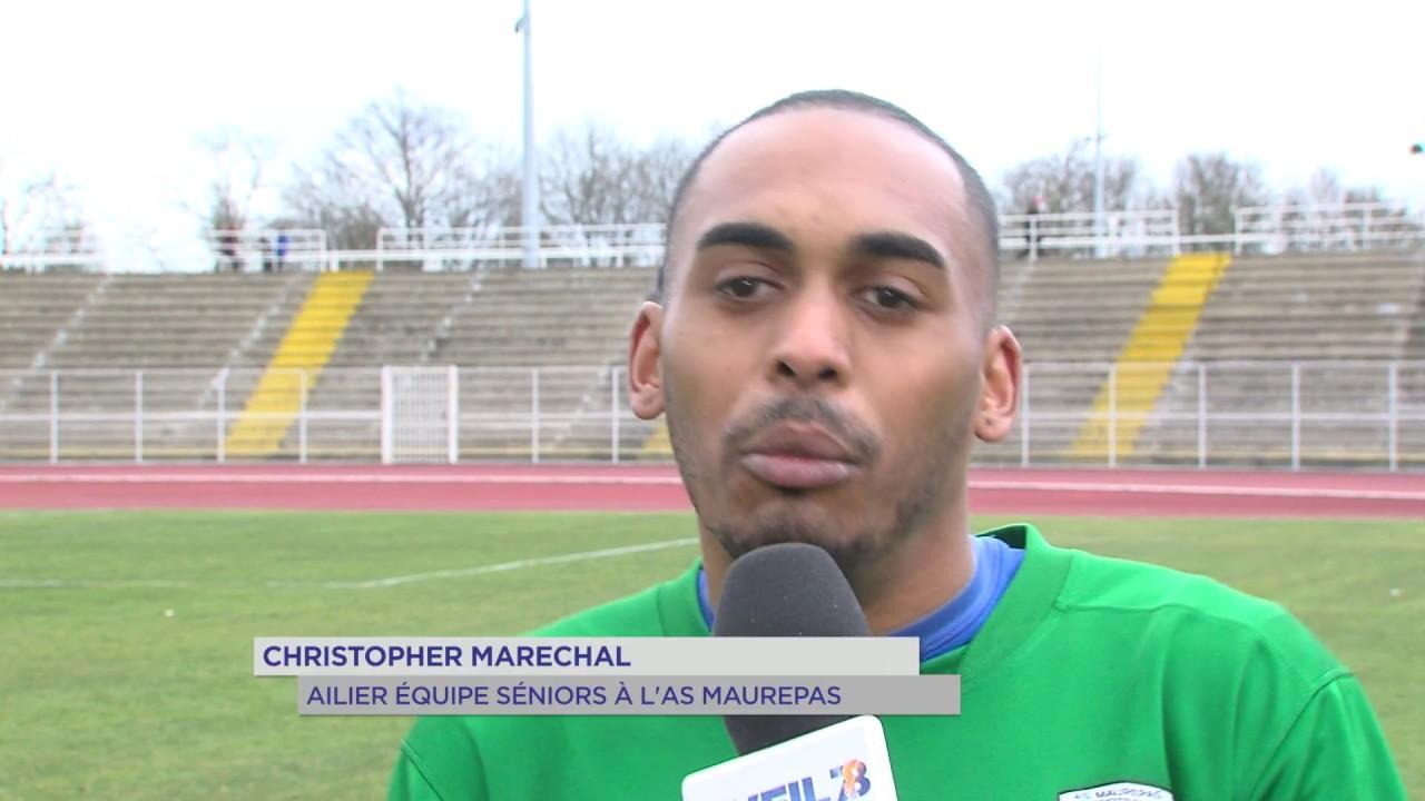 Football : balle au centre pour Maurepas et Versailles
