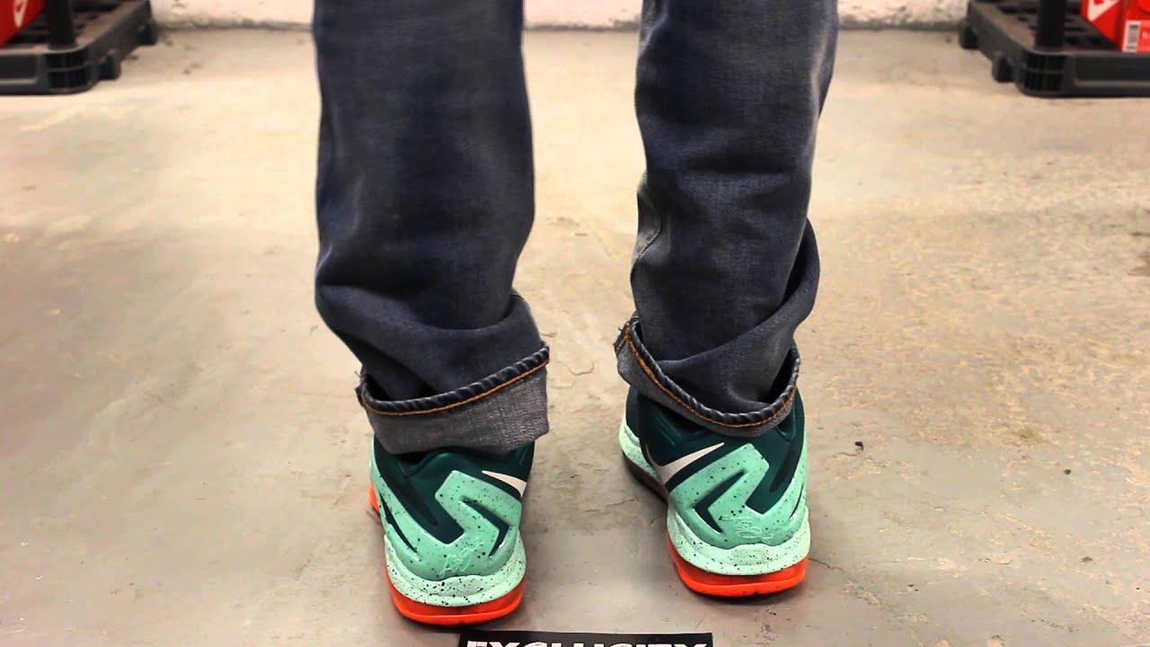 efc29c458e5d Nike Max Lebron XI Low