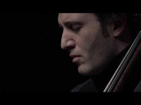 The Protecting Veil van Tavener door Amsterdam Sinfonietta en Nicolas Altsteadt