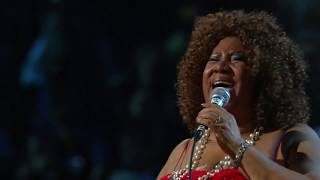 """Aretha Franklin performs """"Respect"""" at the Rock & Roll Hall of Fame 25th Anniversary Concert"""