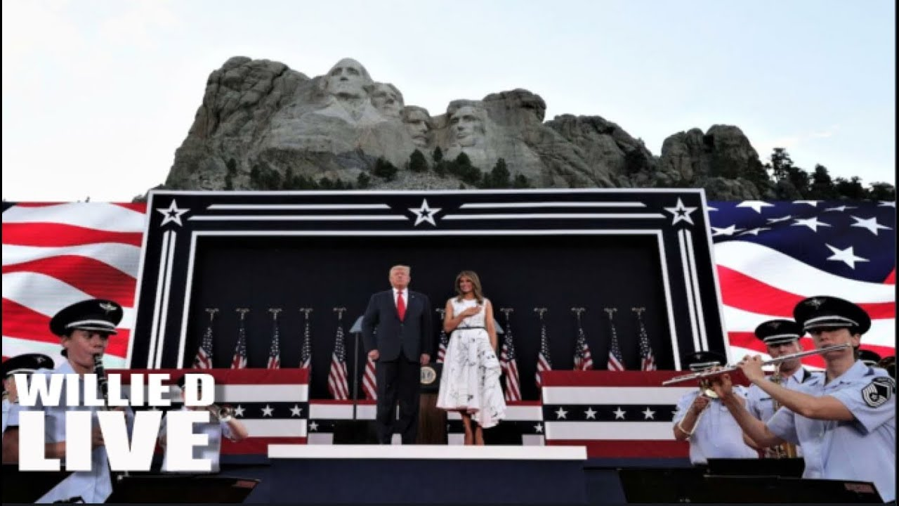 Mount Rushmore: Trump denounces 'cancel culture' at 4 July event