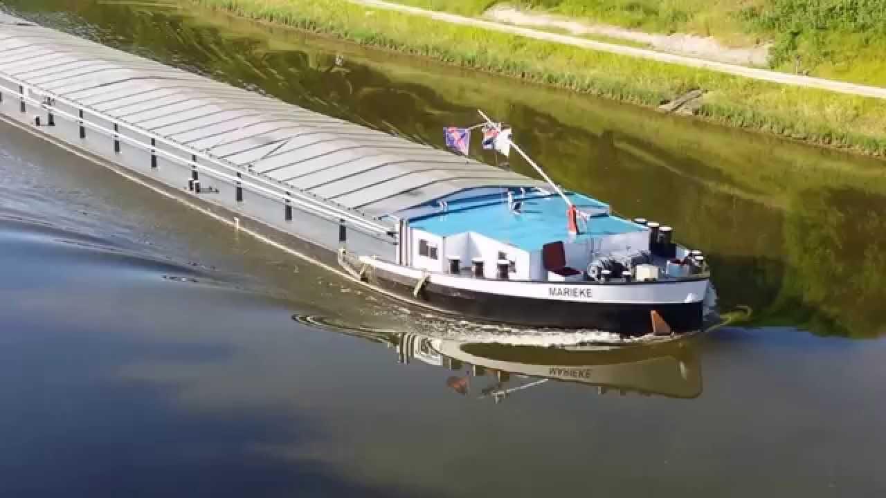 Das Schiff Marieke am Main-Donau-Kanal in Roth 09.06.2014 ...