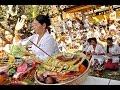 Tata Cara Berdoa Di Bali - Way Of Life In Bali Indonesia [HD]