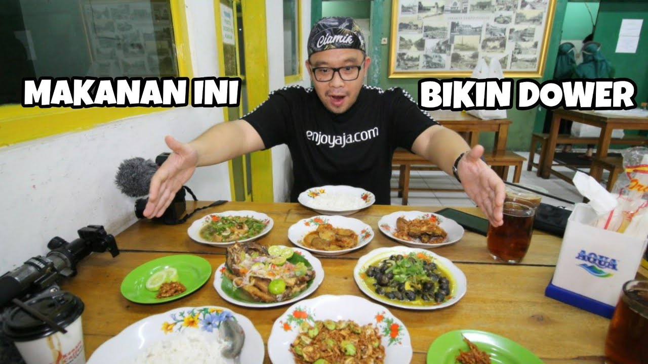 WARUNG MAK DOWER BIKIN BIBIR DOWER - MARK WIENS PERNAH MAKAN KESINI !! INDONESIAN TRADITIONAL FOOD