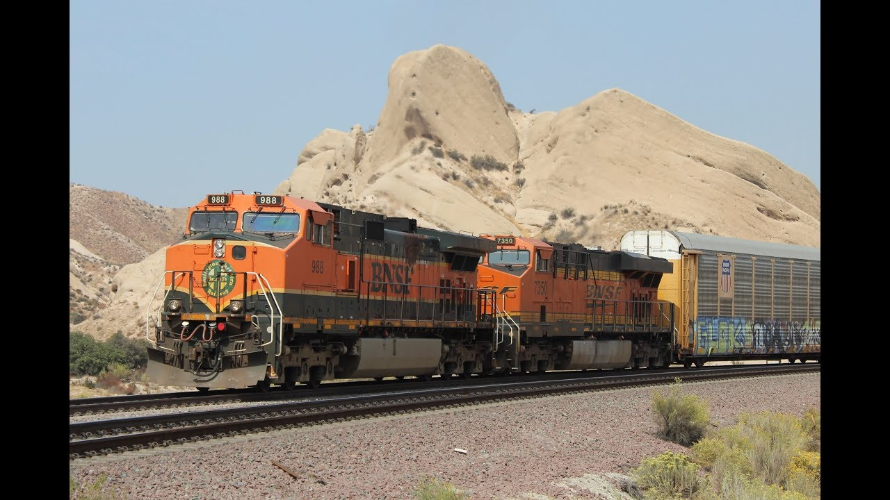 LOTS of Union Pacific and BNSF trains on Cajon Pass - October 2018