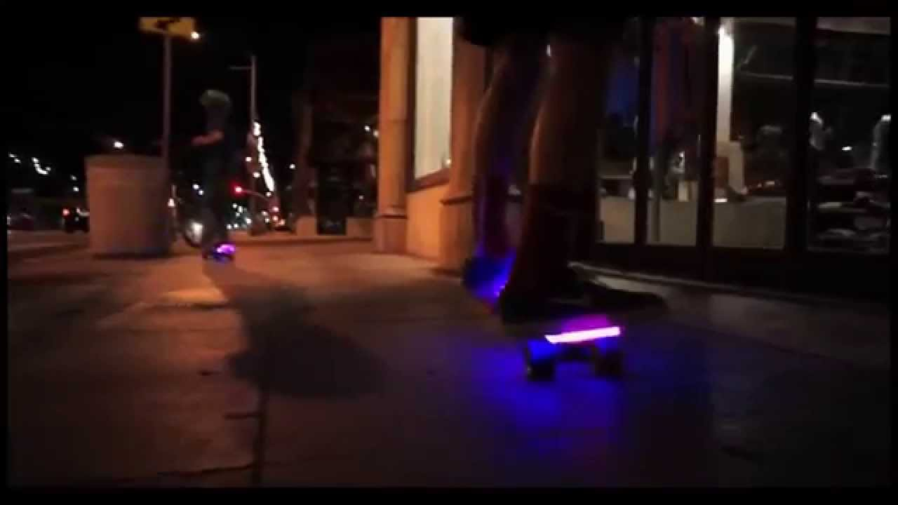 Какие колеса лучше для скейтборда, зависит от их характеристик. В каталоге представлены разные модели колес. Колеса скейтборд купить недорого вам предлагает наш интернет-магазин в ассортименте.