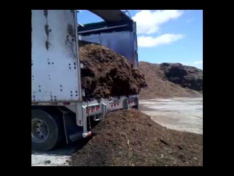 """Self-unloading Truck with a """"Live Floor"""""""
