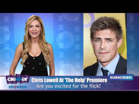 Chris Lowell Talks Emma Stone At 'The Help' Premiere