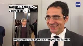François Hollande dédicace son nouveau livre à Palexpo