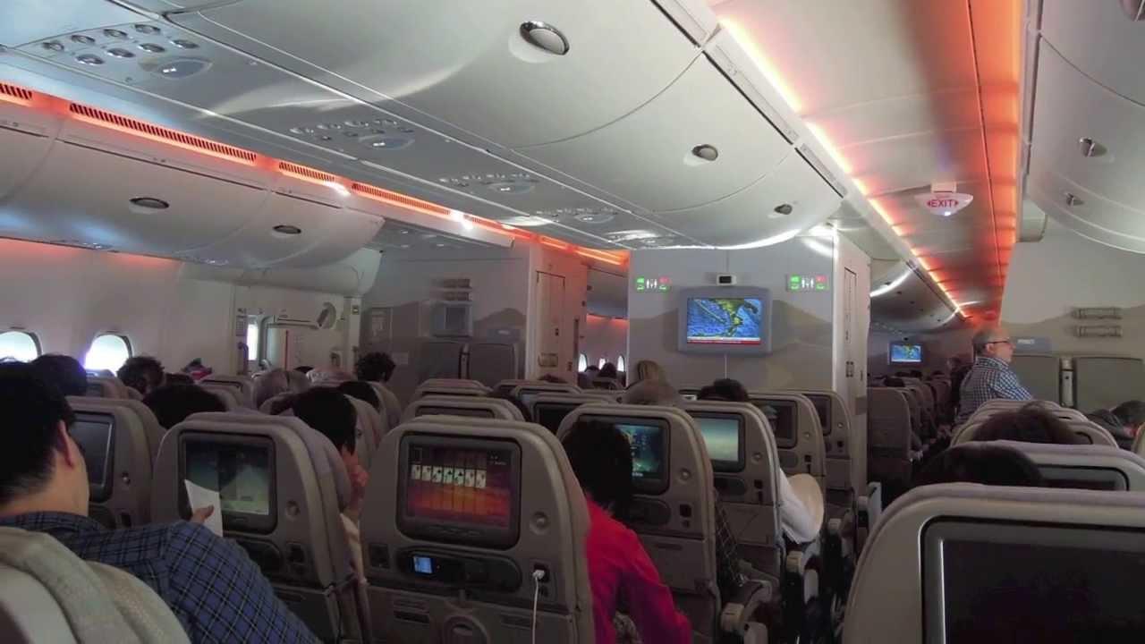 Alitalia 777-300er registration