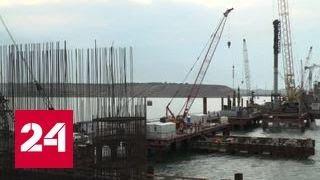 На автомобильной части Крымского моста забиты все сваи